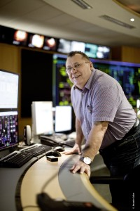 Michael Egersdörfer, Gruppenleiter Wartenleitung bei TWL, plant den Schichtbetrieb im Kraftwerk.