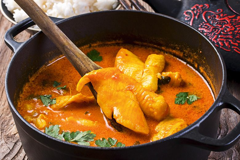 Ulrike Folkerts kocht scharf und exotisch: Fisch-Curry