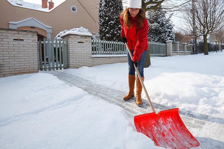 Schneeräumen auf Gehwegen ist Sache der Eigentümer