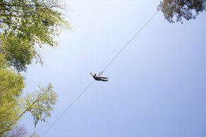 Im Ziplinepark geht's hoch in die Luft.