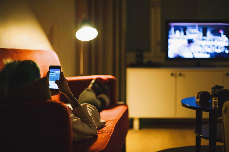 Stromverbrauch fürs Fernsehen, Surfen und Streamen steigt